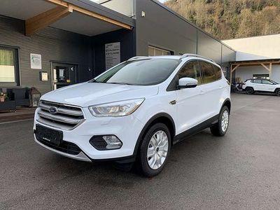 gebraucht Ford Kuga 1,5 TDCi Titanium SUV / Geländewagen