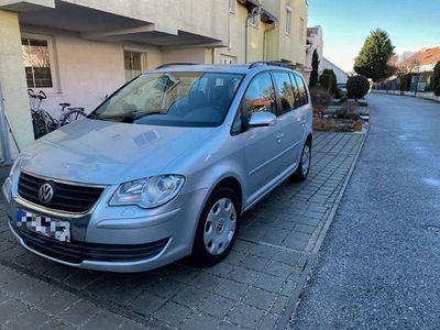 gebraucht VW Touran Conceptline 1,4 TSI