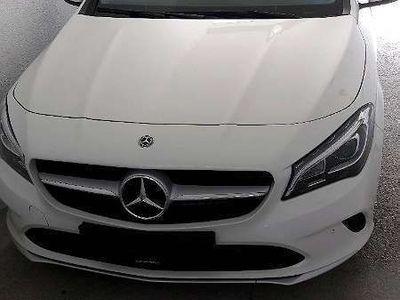 gebraucht Mercedes CLA180 Shooting Brake Kombi / Family Van