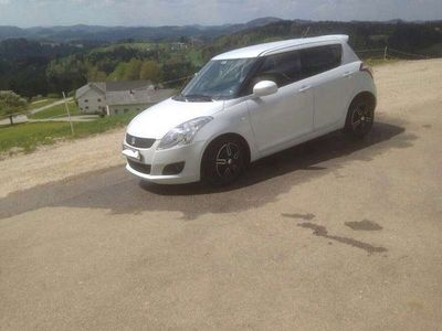 usata Suzuki Swift 1.2 Limousine,