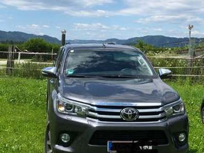 gebraucht Toyota HiLux 2,4 4 WD Lounge Invincible Automatic