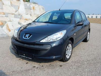 usata Peugeot 206+ Junior 1,1 Klein-/ Kompaktwagen,