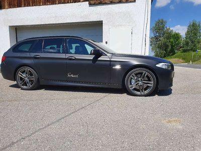 gebraucht BMW 530 5er-Reihe d xDrive Touring F11 M Paket Kombi / Family Van
