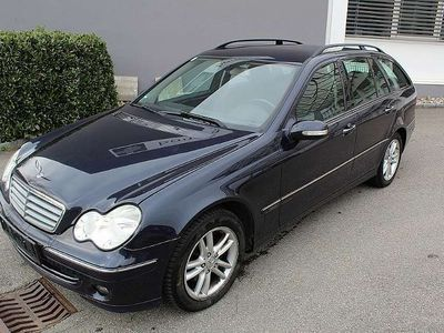 gebraucht Mercedes C220 C-KlasseT Elegance CDI Aut. Kombi / Family Van