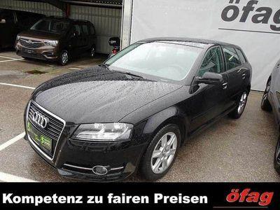 gebraucht Audi A3 Sportback Start-up 1,6 TDI DPF Limousine