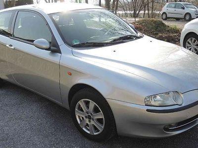 gebraucht Alfa Romeo 147 1471.6 T.Spark ECO Distinctive Klein-/ Kompaktwagen