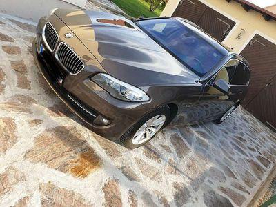 gebraucht BMW 530 5er-Reihe d xDrive Touring F11 Kombi / Family Van