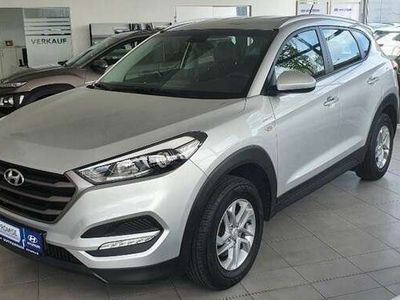 gebraucht Hyundai Tucson Comfort 1,6 GDi 2WD MT 800m-P1