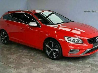 gebraucht Volvo V60 R-Design Kinetic*Sport*Navi*Kindersitz*KAM*AHK