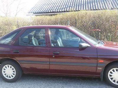 gebraucht Ford Escort 5-T. 1.6 CLX AUT. Kombi / Family Van,