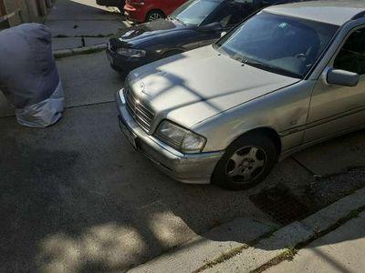 gebraucht Mercedes C250 T Elegance TD Aut.