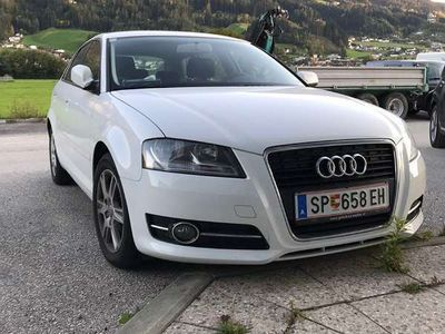 gebraucht Audi A3 1,6 TDI Select Limousine