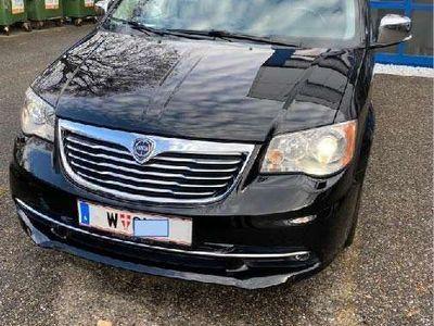 gebraucht Lancia Voyager 2,8 CRD Platinum Kombi / Family Van