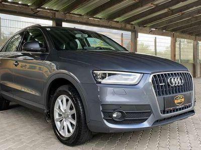 gebraucht Audi Q3 2,0 TDI quattro Daylight S-tronic*ERSTBESITZ*