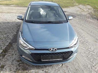 gebraucht Hyundai i20 1,25 Start! Limousine