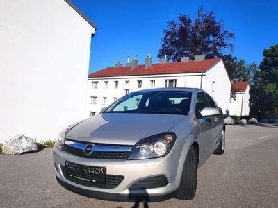 gebraucht Opel Astra GTC Astra 1,4Edition