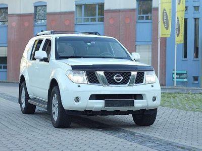 gebraucht Nissan Pathfinder 2.5 SUV / Geländewagen