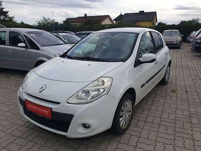 gebraucht Renault Clio Dynamique 1,2 16V * 1.BESITZ * Pickerl bis 02/21 * Tausch Möglich * Klein-/ Kompaktwagen