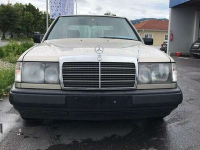 gebraucht Mercedes E250 D Limousine