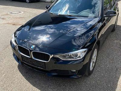 gebraucht BMW 318 3er-Reihe d xDrive Sport Line Kombi / Family Van