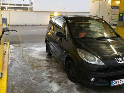 gebraucht Peugeot 1007 Trendy 1,6 16V 2-Tronic