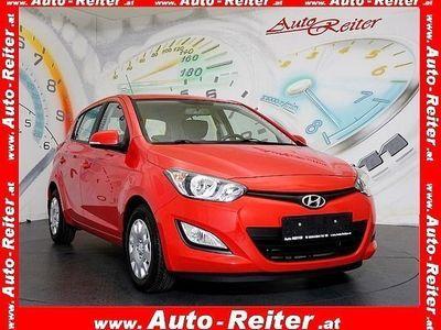 gebraucht Hyundai i20 1,25 Life *KLIMA, FREISPRECHEINRICHTUNG, RADIO MI
