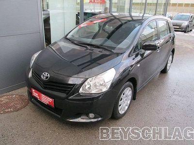 gebraucht Toyota Verso 2,0 D-4D 125 High DPF Kombi / Family Van,