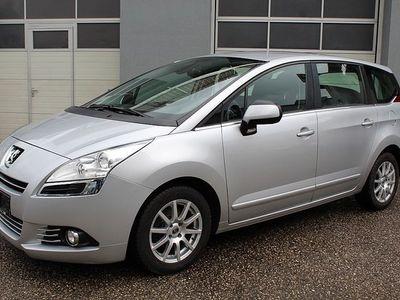 brugt Peugeot 5008 1,6 e-HDi 115 FAP ASG6 Active *7-SITZER*