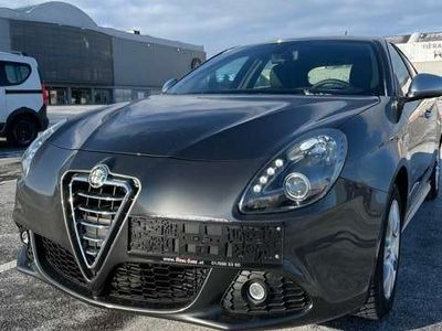 gebraucht Alfa Romeo Giulietta 1,6 JTD Multijet II Distinctive Klein-/ Kompaktwagen