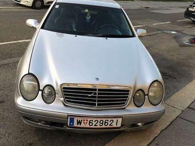 gebraucht Mercedes CLK200 Sportwagen / Coupé