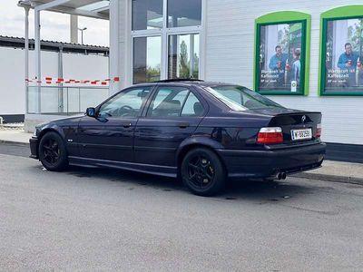 gebraucht BMW 323 3er-Reihe i Limousine
