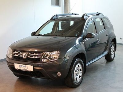 gebraucht Dacia Duster Fiskal Lauréate 1,6 16V 105 !!!unter 40.000km!!! NAVI / KLIMA uvm.