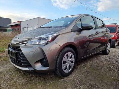 gebraucht Toyota Yaris 1,0 VVT-i Active