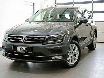 gebraucht VW Tiguan 2,0 TDI SCR 4Motion Highline DSG Activce-Displa...