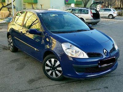 gebraucht Renault Clio Dynamique Luxus 1,6 16V Aut.