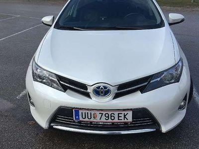 used Toyota Auris 1,8 VVT-i Hybrid Lounge Klein-/ Kompaktwagen,