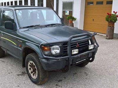 gebraucht Mitsubishi Pajero 2.5 TD SUV / Geländewagen