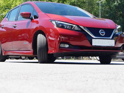 gebraucht Nissan Leaf Acenta 40kWh Winterpaket Neuwertig
