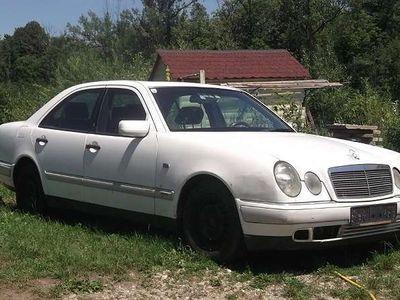 gebraucht Mercedes E300 E-Klassezum Ausschlachten Limousine,