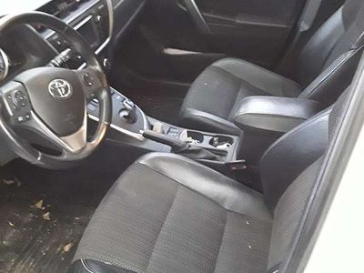 gebraucht Toyota Auris TS 1,8 VVT-i Hybrid Lounge Kombi / Family Van