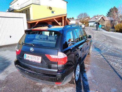 gebraucht BMW X3 2,5si Aut. SUV / Geländewagen