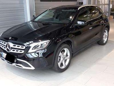 gebraucht Mercedes GLA180 GLA-KlasseUrban Advantage Paket SUV / Geländewagen