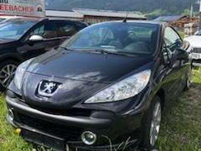 gebraucht Peugeot 207 CC 1,6 16V Klein-/ Kompaktwagen