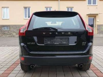 gebraucht Volvo XC60 2,4D AWD Kinetic Geartronic