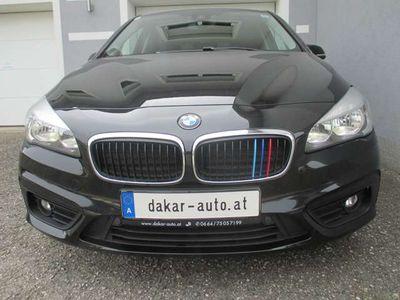 gebraucht BMW 216 Active Tourer 2er Aut. Advantage NAVI, PDC, TEMP