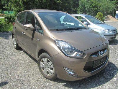 used Hyundai ix20 1,4 CVVT Europe Kombi / Family Van,