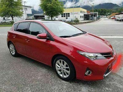 gebraucht Toyota Auris 1,4 D-4D Active Klein-/ Kompaktwagen