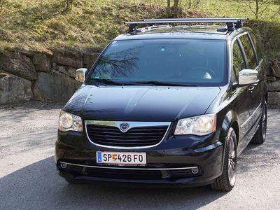 gebraucht Lancia Voyager CRD 2,8 S Kombi / Family Van