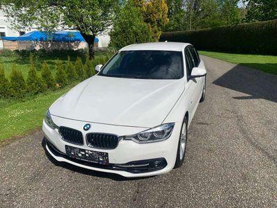 gebraucht BMW 320 3er-Reihe Diesel (F30) EfficientDynamics Sport Li