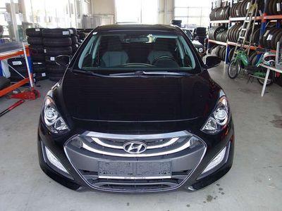 gebraucht Hyundai i30 1,4 CRDi Go Klein-/ Kompaktwagen